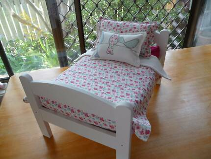 DOLL'S BED / COT ...... IKEA BRAND                            (3)
