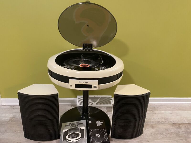 Vintage Rare Weltron 2005 Space Age Stereo System With Speakers (Read Listing)