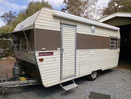 Starcraft 16 foot vintage caravan