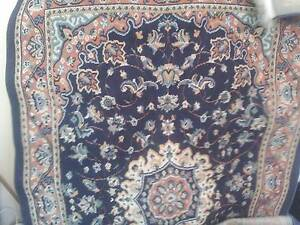 FREE! FREE! Finged floor rug Rozelle Leichhardt Area Preview