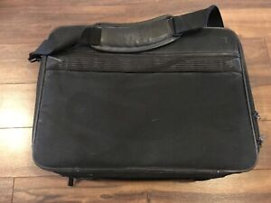 Dell lap top  soft carrying case