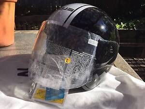 Zeus Motorcycle Helmet NEW Open face with Flip clear Visor L & XL Katoomba Blue Mountains Preview