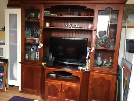 Beautiful Solid Timber Wall Unit Cabinet TV XBOX PS3   Entertainment ...