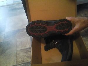 KODIAK WINTER BOOTS FOR SALE.  JUST LIKE NEW.