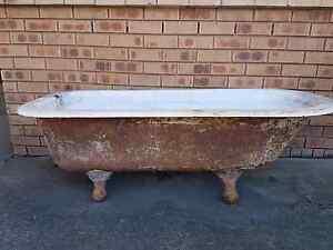 Claw foot bath Camden Camden Area Preview