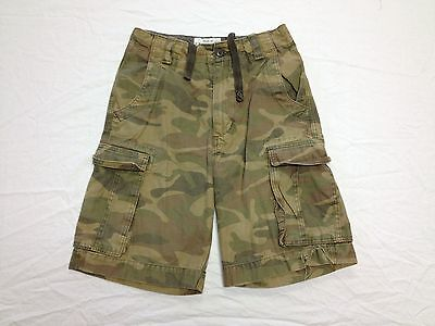 US EXPEDITION GREEN CAMO CARGO ARMY SHORTS ACTUAL SIZE 30W Tag 30 BEST