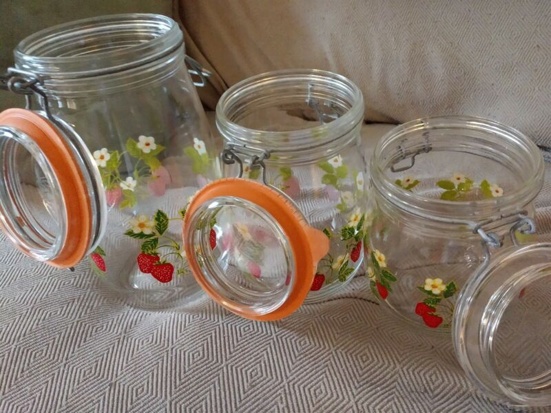 '70 Vintage Strawberry Themed Kitchen Containers