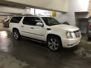 2007 Cadillac Escalade fully loaded