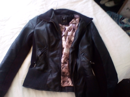 Original designer guess jacket , guess apparel Europe
