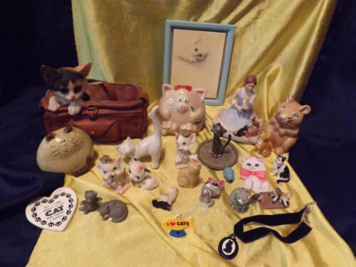 Cat Collection Large Lot of 25 Items
