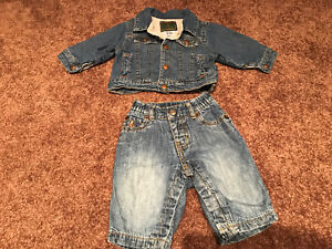Baby Gap 3-6 months jeans outfit