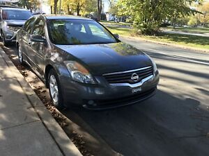 2009 Mint Condition Altima