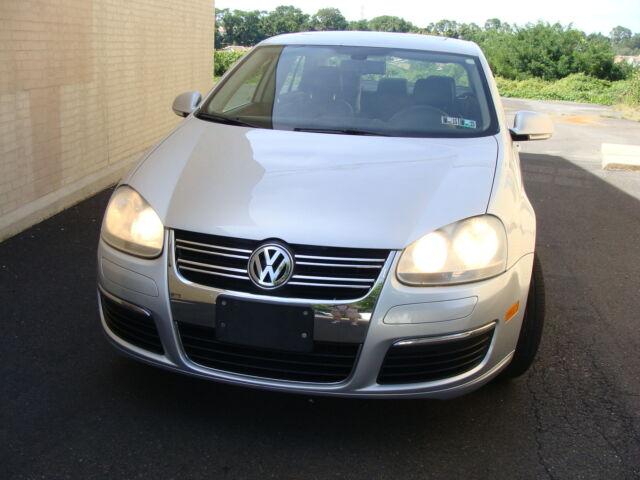 2005 Volkswagen Jetta  For Sale