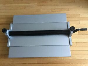Cold Press Laminator with 4 Rolls of Texture Laminate