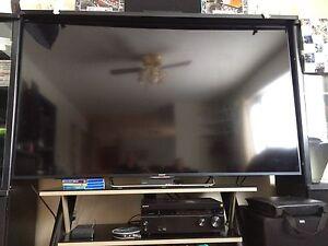 "75"" Sony brava 3D tv"