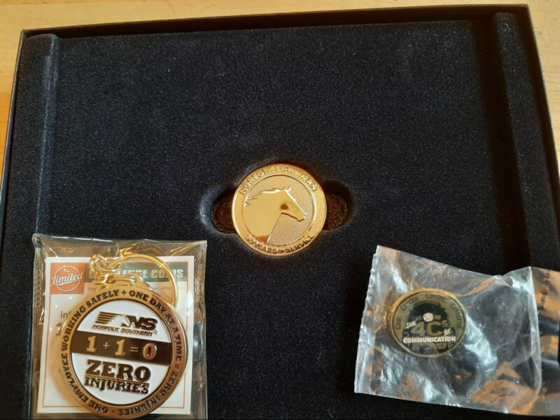 Norfolk Southern 30 Year Service Award Coin PLUS Pin and Keychain NS Railroad