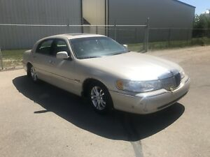 2000 Lincoln Cartier luxury $1500 OBO