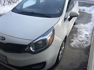 2013 Kia rio with safety
