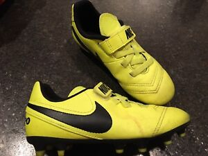 Kids cleats size 12