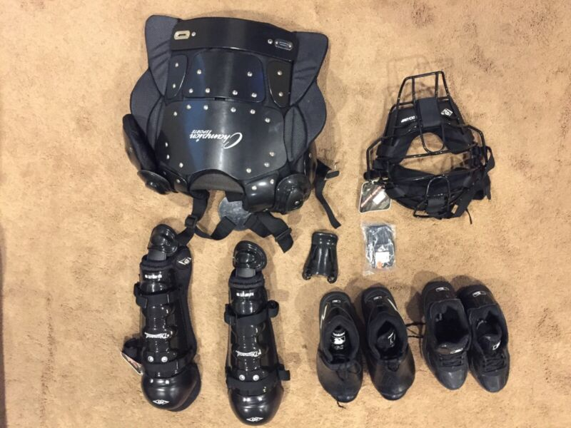 Complete umpire equipment set NWOT Champion, Diamond Sports, New Balance shoes