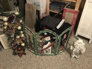 Christmas decorations and wall picture