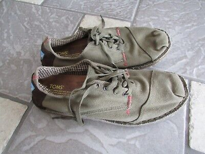 TOM'S CANVAS CASUAL SHOES MENS 11 GREEN CANVAS