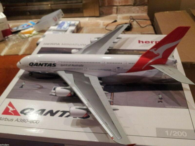 Herpa Qantas Airways A380-842 1:200 - 551991 Reg  VH-OQD