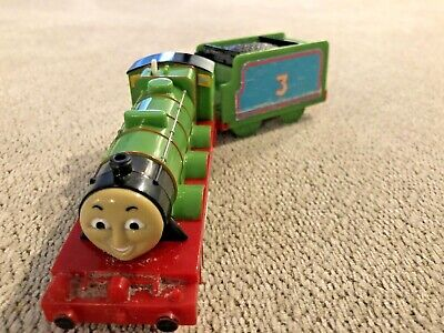 Henry with Tender No 3 Motorized Train of Thomas and Friends Trackmaster Mattel