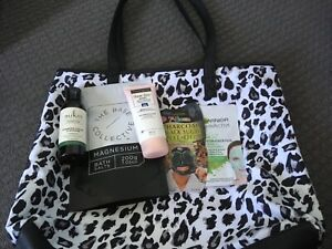 Bargain! Bag skincare  Whole lot $7  Every item is brand new