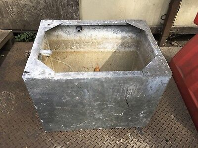 Galvanised Riveted Water Tank Trough Planter