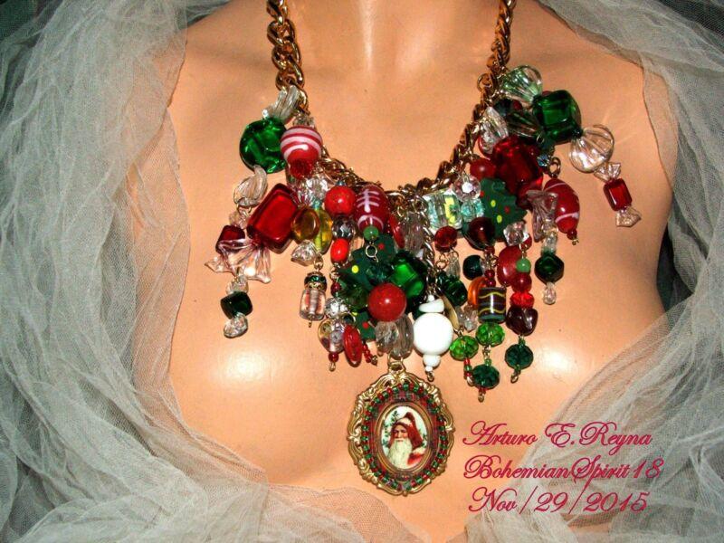ARTURO E.REYNA SANTA CHRISTMAS VINTAGE CHARMS LAMPWORK GLASS BEADS BIB/NECKLACE