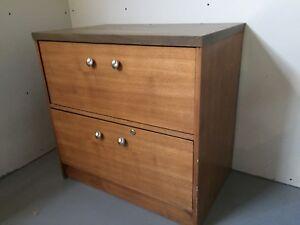 Classeur latéral 2 tiroirs en bois.