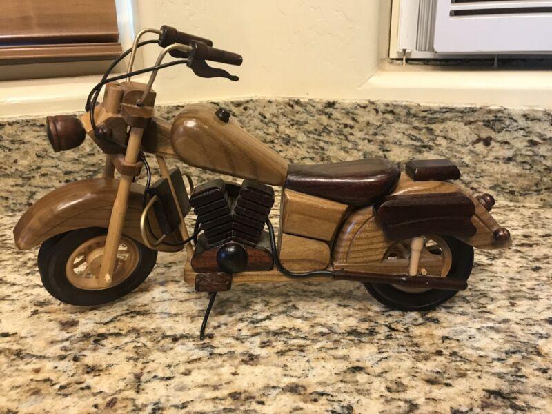 WOOD HARLEY DAVIDSON MOTORCYCLE - Display