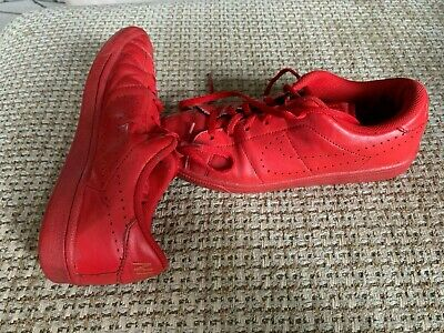 Nike Kid's Red/Red size 5Y Shoe- Unisex