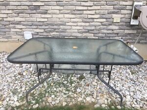 Patio table    Free ...must pick up