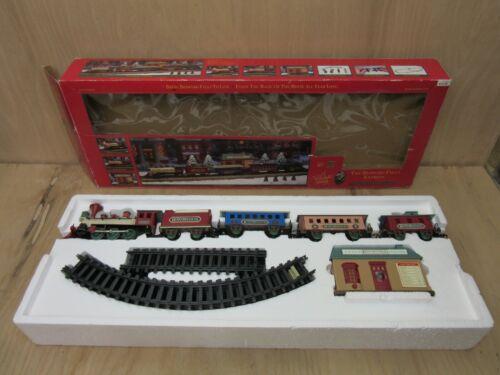 1989 New Bright Bedford Falls Express Train Set & Station A Wonderful Holiday