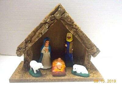 Vintage 1950's 5 Piece Porcelain NATIVITY SET FIGURINES & WOOD STABLE-Excellent