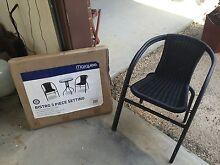 Table and chairs Strathfieldsaye Bendigo City Preview