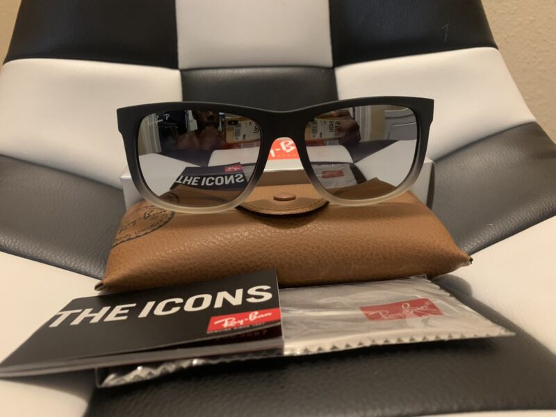 Ray Ban Black Justin Sunglasses with Grey Gradient Lenses RB 4165