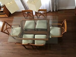 Beautiful 7 pieces Dining room set Oakville / Halton Region Toronto (GTA) image 2