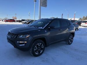 Jeep Compass Trailhawk 4x4 DEM A DISTANCE