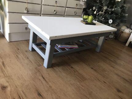Casual beach style coffee table