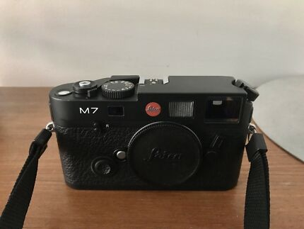 Leica M7 body, Mint condition with box!