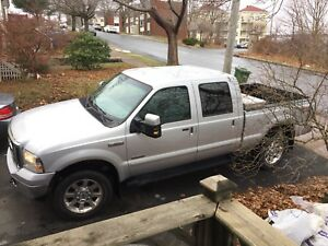 Ford F-350 Lariat Diesel Loaded
