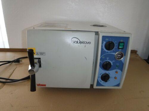 Tuttnauer Valueklave 1730 Autoclave Steam Sterilizer 1730MK V