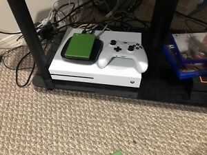 Trade Xbox one S 2.5 TB for Nintendo switch