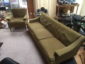 Vintage retro couch/chair set