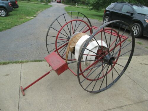 Vintage Wirt & Knox Fire Water Hose Reel Hydrant Hand Pull Towable