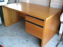 Large Desk for Office or Study Port Macquarie Port Macquarie City Preview
