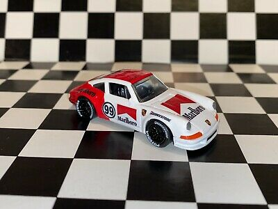 "Hot Wheels 1971 Porsche 911 - ""MARLBORO RACING"" custom"